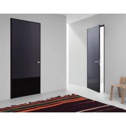 Особенности межкомнатных глянцевых дверей