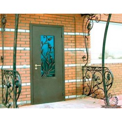 Входная дверь для дачи. Как выбрать