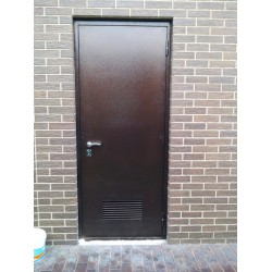 Подбор входной двери для хозяйственных помещений