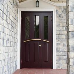 Особенности уличных входных дверей